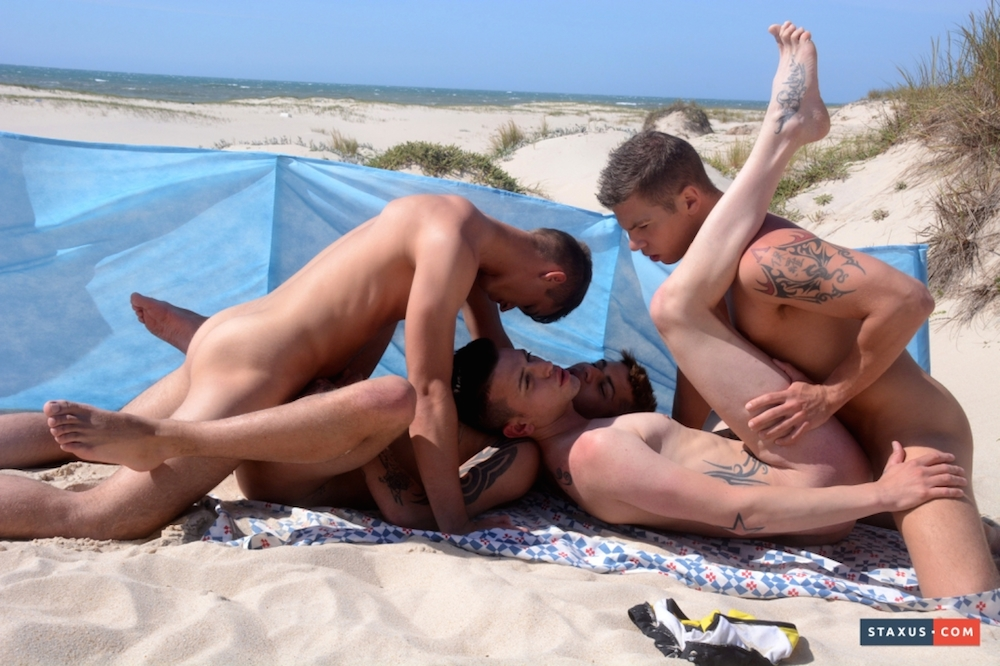 NSOS Hot beach foursome 4