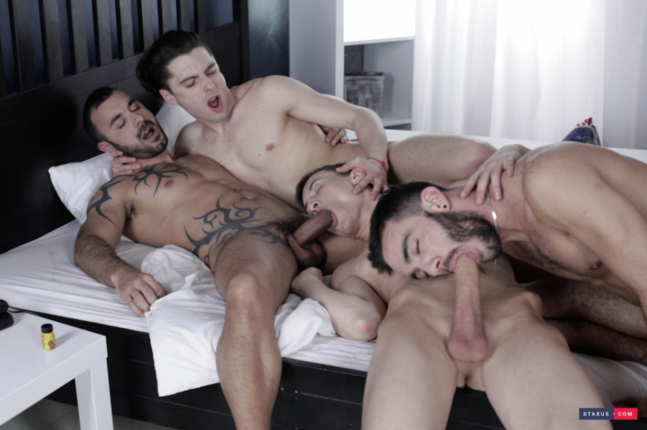 Xavi-Duran-and-his-veiny-muscle-cock-2