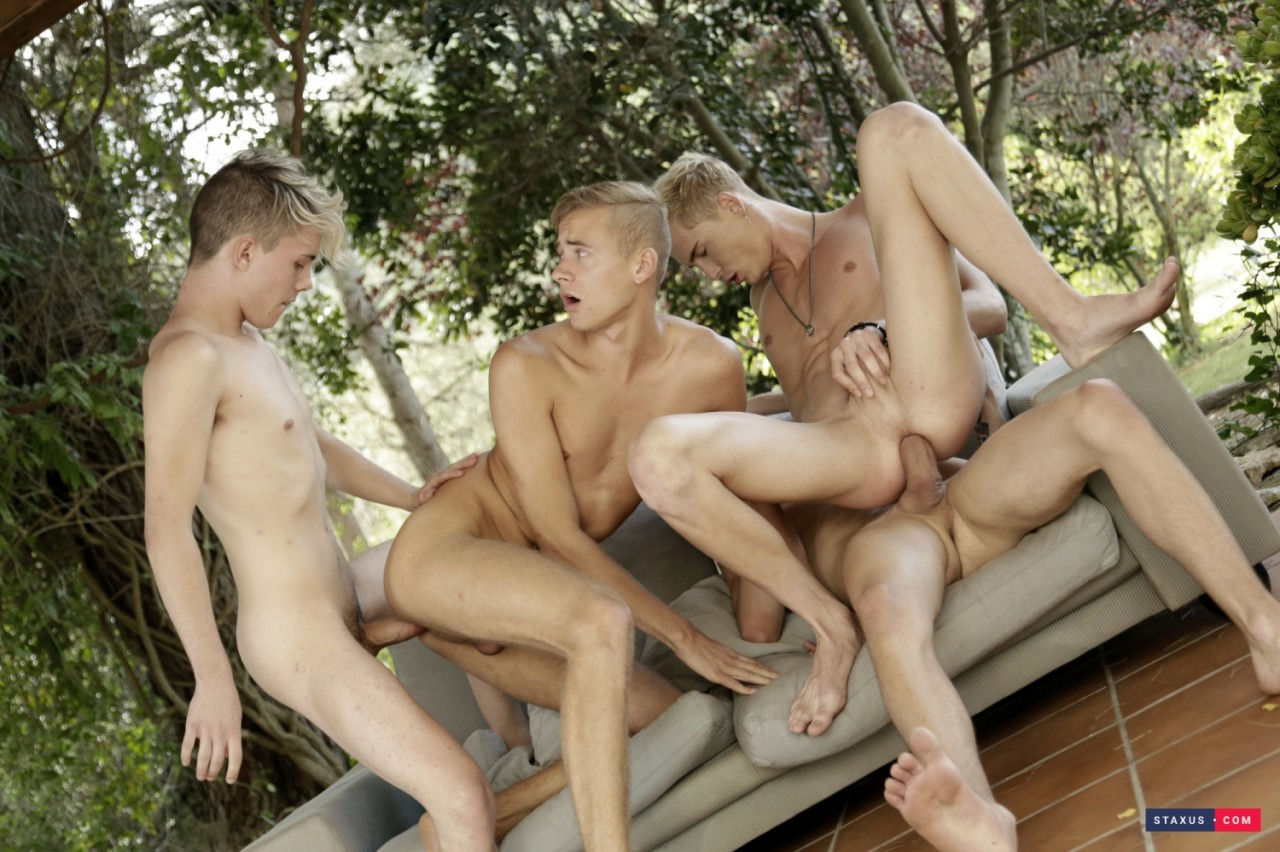 amazing-foursome-12
