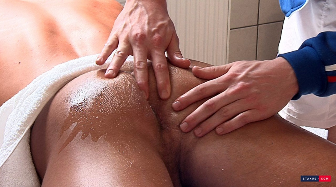massage-threesome-01